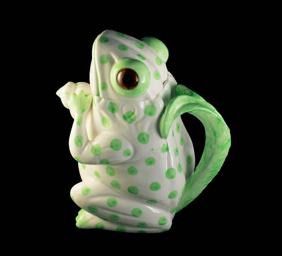 Teapot, Frog Shaped, Green and White, Whimsical, Porcelain, 3 Cup