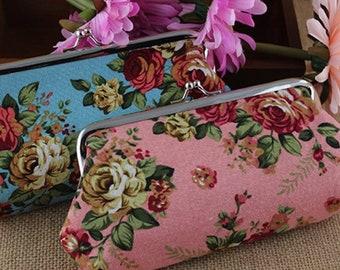 Large Pouch / Clutch / Makeup Bag