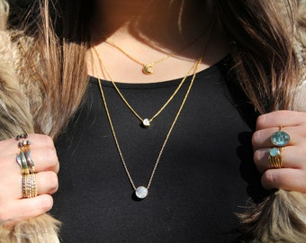 Ayla moonphase necklace