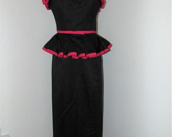 Vintage 1970s Strapless Hot Pink & Black Ruffled dress by Victor Costa in sz 8