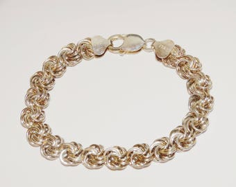 """Vge Sterling Silver Italy Made Woven 8"""" Bracelet."""