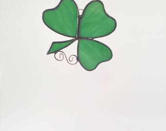 Stained Glass Shamrock Suncatcher - St Patrick's Day - Irish Decor - Suncatcher - Green - Shamrock