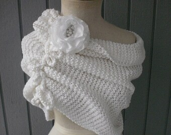 Wedding accessories, bridal accessories, bridal shawl, bridesmaid gift, wedding shawl, weddings shawl, knitting shawl, handmade shawl, shrug