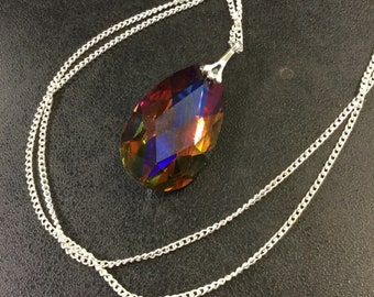 Crystal drop pendant and chain