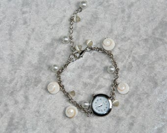 """Watch """"eye of Saint Lucia"""" beads and white"""