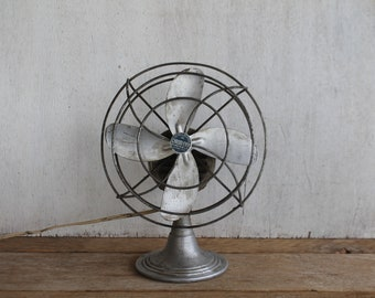 Vintage Chrom-Ever Electric Metal Industrial Table Top Fan - Aluminum Blades