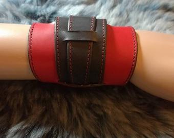 Rey style leather bracelet