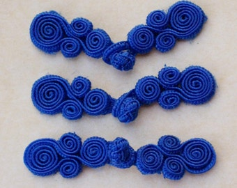 Blue frog closure. Corded scroll. Set of 3