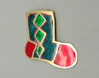 Q12: Vintage Two Hands Flat Metal Christmas Stocking Brooch