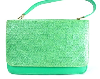 Kelly Green Purse.  Vintage 1960s Handbag.  Green 60s Bag.