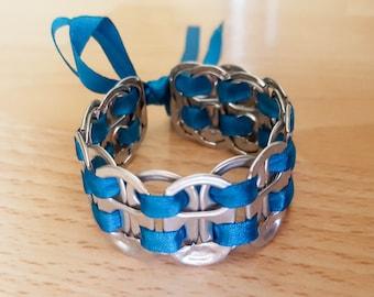 Recycled soda tab bracelet Bl/Si