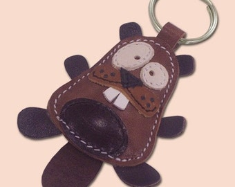 Cute little beaver animal leather keychain - FREE Shipping Worldwide - Leather Beaver Bag Charm
