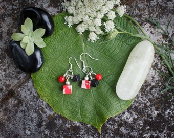 Two-tone earrings coral