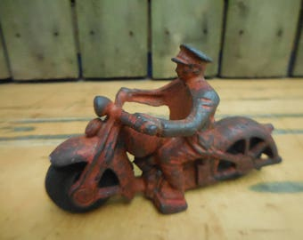 1940's Hubley Cast Iron Motorcycle Policeman FREE SHIP!