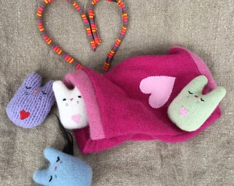 WeeKinnie Family with pink cashmere pouch