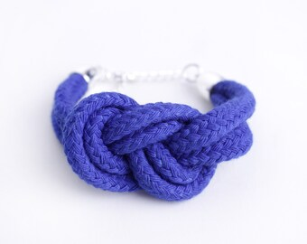 Electric Blue - Bracelet with sailor knot