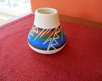 Signed Native American Sioux Art Pottery Vase Rapid City, South Dakota Handcrafted