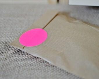50 Fluorescent circle, Neon pink sticker, size 40mm, geometric