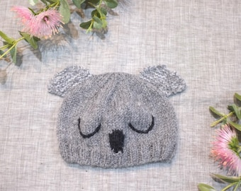 Baby beanie gift girl boy newborn unisex / hand knitted animal eco friendly alpaca koala / australia / baby shower baby gift photo prop