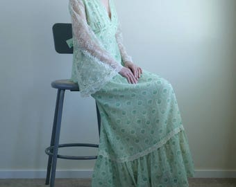 1970s Mint Green Floral Boho Maxi Dress