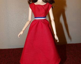 Modest solid red dress with full skirt for Fashion Dolls - ed1026