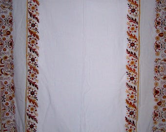 Large pennsylvania dutch tablecloth Perfect