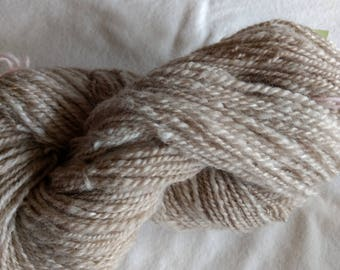 Natural color yarn (Merino and alpaca blend)