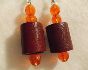 LEATHER AND CRYSTAL EARRINGS