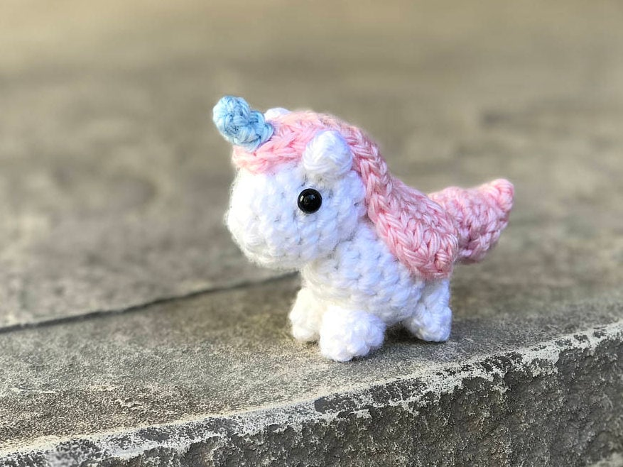 Amigurumi Easy Crochet Patterns : Amigurumi pattern unicorn mini crochet pattern easy