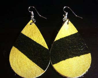 New!! Gold and Black Hand Cut Leather Earrings. Leather Tear Drop Earrings.