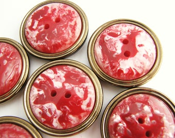 Marbled red buttons, 6 big vintage buttons with old gold trim, 28 mm, unused!!