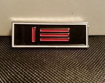 Master/slave Pride Pin