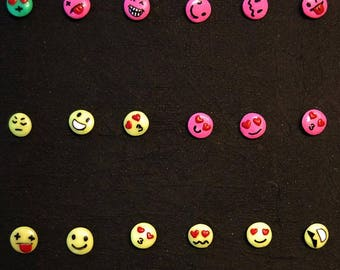 What kind of mood are you in today? Emoticons!!!