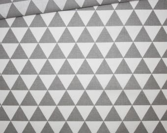 Triangles grey 100% cotton fabric printed 50 x 160 cm, grey and white triangles