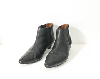 Leather shoes - Black leather chelsea shoe 8B - UNISA Low ankle shoe -  Leather shoes