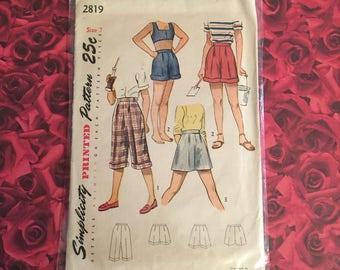 1940's Vintage Simplicity Pattern #2819