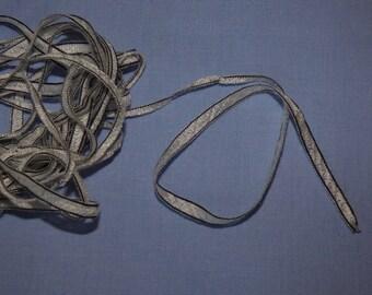 Ribbon Microphone ladder fantasy beige-black