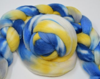Pre-Order, hand dyed roving, hand dyed, Polwarth Roving, handdyed roving top, felting fiber, spinning fiber, Polwarth top, Nautical