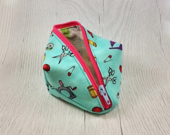 Sewing Notions Peapod Pouch