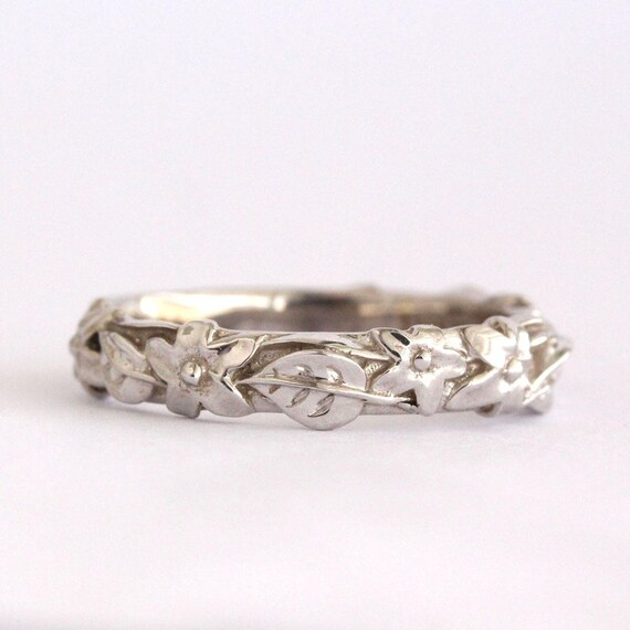 Wedding Flowers And Rings: Flower And Leaf Wedding Band Leaves And Flowers Wedding Ring
