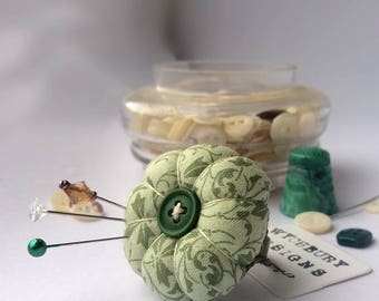 Green Vines Pincushion Ring