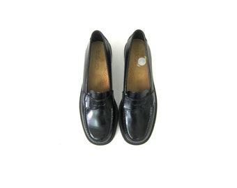 90s Black Penny Loafers Vintage Leather Shoes Slip on Modern Loafer Shoes Preppy Womens Shoes Size 6.5 N Narrow