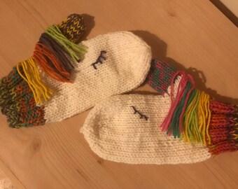 Unicorn mittens, girls mittens