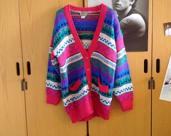 Cozy fall/winter 90s Vintage Sweater