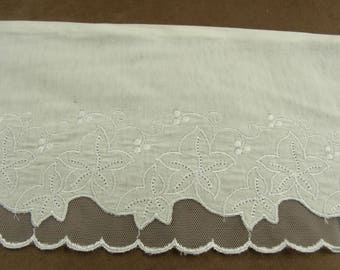 LACE - 14 cm 7 cm embroidered jersey - white