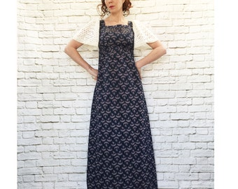 Vintage 70s Navy Floral Maxi Dress XS S White Lace Flutter Sleeves Empire Belt