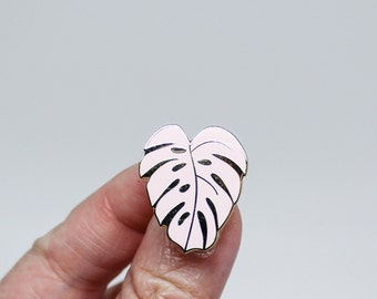 Monstera Leaf Lapel Pin | Perfect Pink