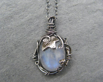 Moonstone necklace ~ Silver moonstone pendant ~ Sterling silver ~ Moonstone leaf necklace ~ Blue moonstone ~ Ivy leaf jewelry ~ Ivy necklace