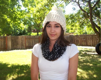 Cowl-Black and White