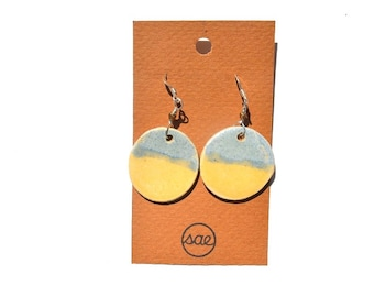 two-toned ceramic earrings